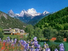 alpes vue hotel lauzetane